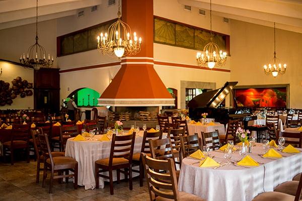 Restaurante-las-chimeneas-soleil-la-antigua
