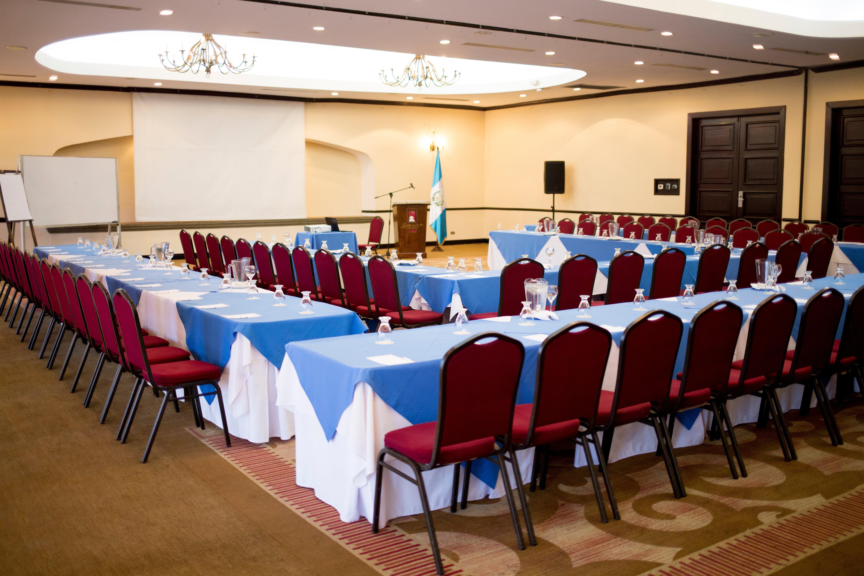 conoce-los-salones-disponibles-para-un-evento-corporativo-en-hoteles-soleil1
