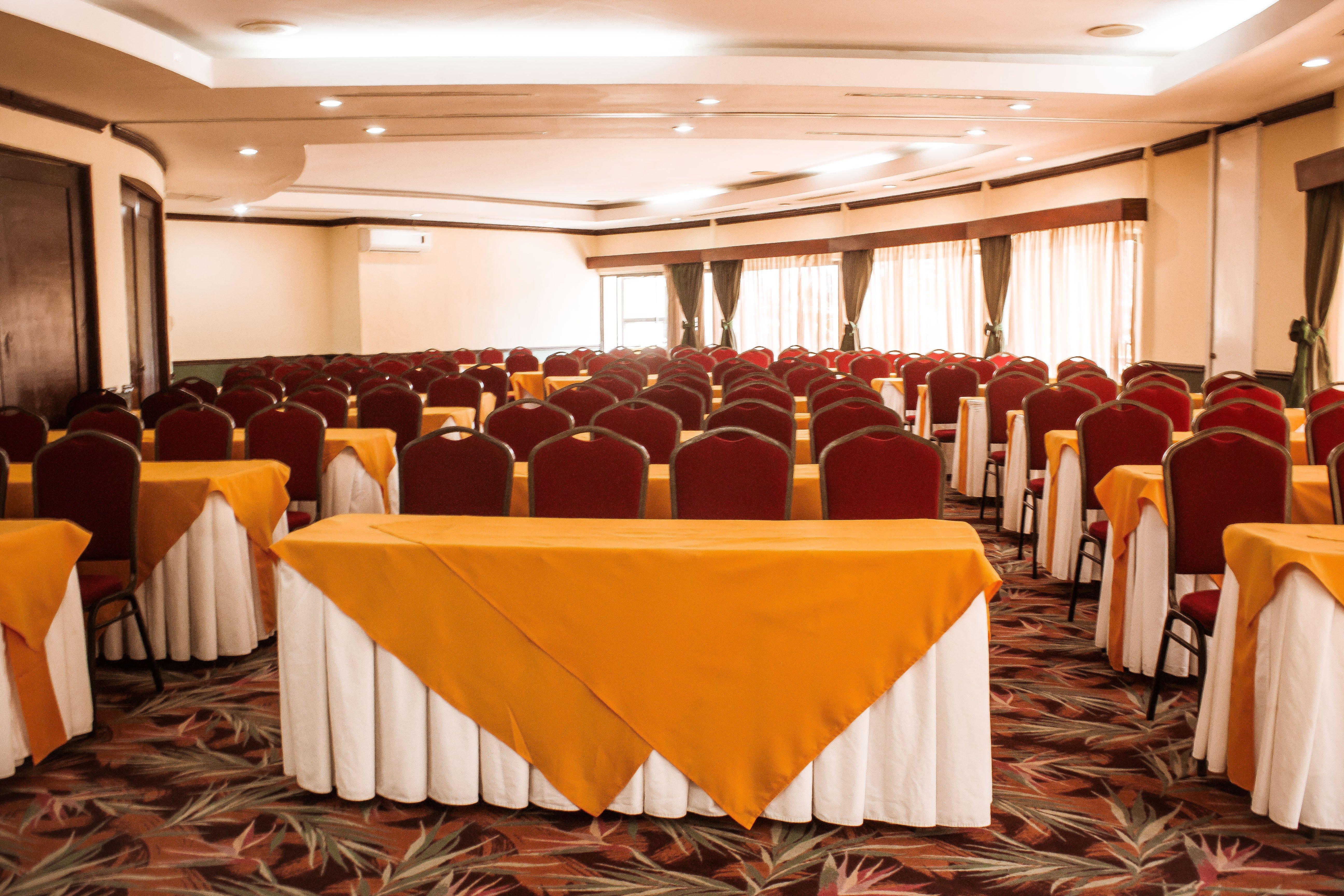 conoce-los-salones-disponibles-para-un-evento-corporativo-en-hoteles-soleil6